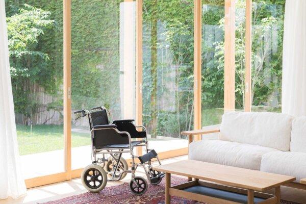 サービス付き高齢者住宅(サ高住)と有料老人ホームの違い