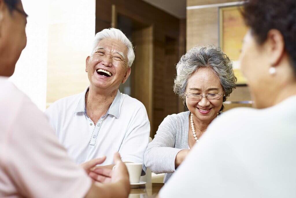 グループホームとは?有料老人ホームとの違いは?